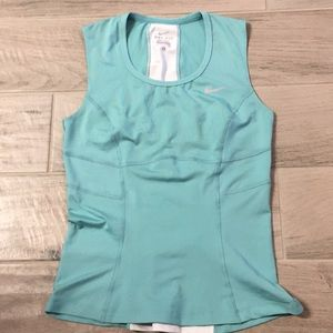Nike dri-fit Workout top size S